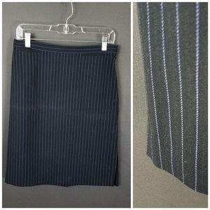 4 for $10- LOFT skirt size 8